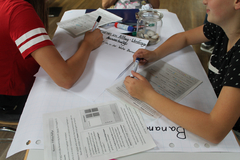 Jugendliche befassen sich in Aurich mit fairen Handels- und Arbeitsbedingungen in der Landwirtschaft